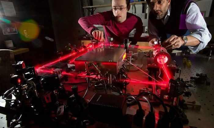 Шаг к квантовому компьютеру: время «жизни» кубитов увеличили в 60 раз