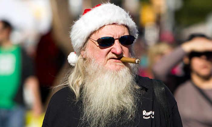 Психологи считают Деда Мороза опасным вымыслом