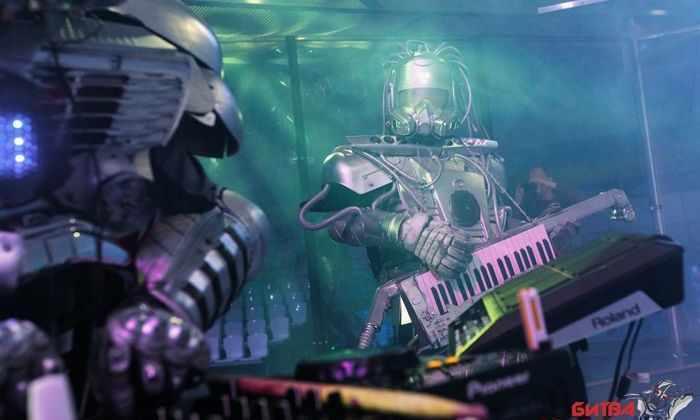 Не на жизнь, а на смерть! Топ-5 зрелищных боев «Битвы роботов»