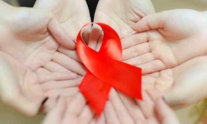 Эффективность вакцины от ВИЧ испытают в 2017 году