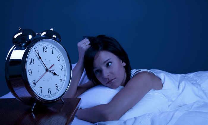 7 вещей, которые нельзя делать перед сном