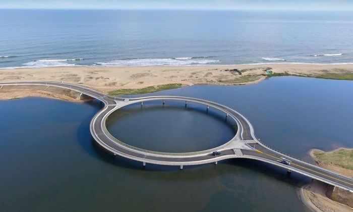 Круглый мост: в поисках новой формы