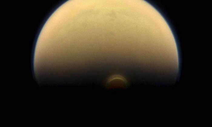 Ученые NASA впервые увидели наступление зимы на Титане