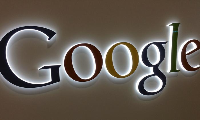 Дудл из «Алеши Поповича и Тугарина Змея». Google поздравил россиян с Днем России