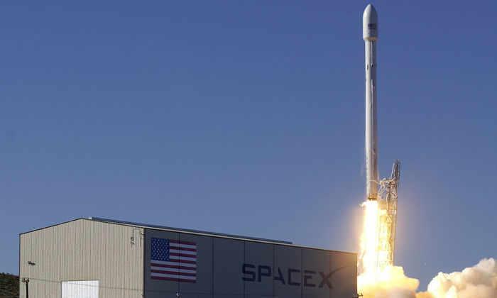 Ракета Falcon 9 выведет японский спутник на  геостационарную орбиту