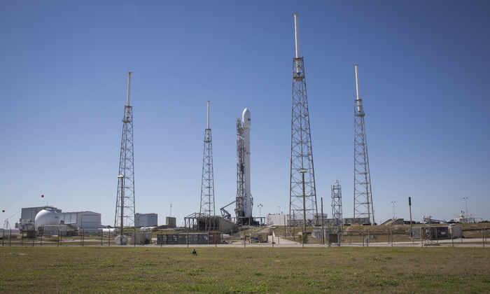 Пуск Falcon 9 отменили второй раз подряд