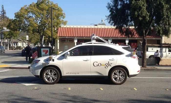 Видео: Google ищет тестировщиков для самоуправляемых машин