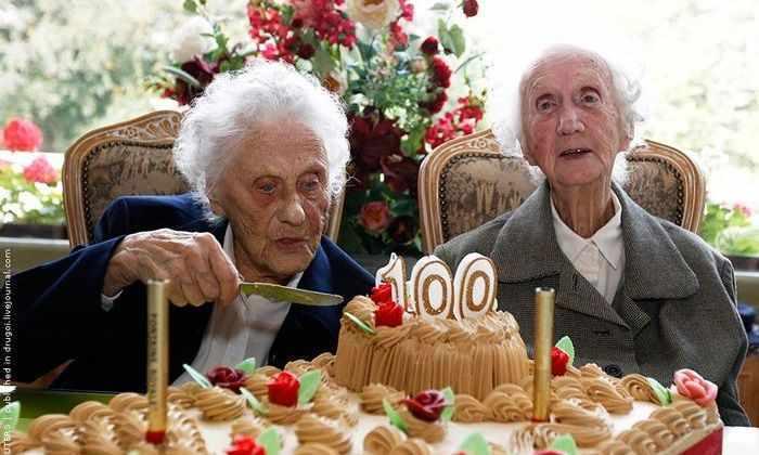 Ученые выяснили, что близнецы живут дольше из-за хороший отношений