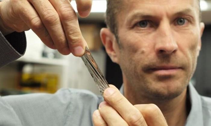 Инженеры IBM уместили 330 терабайт данных наминиатюрный ленточный носитель