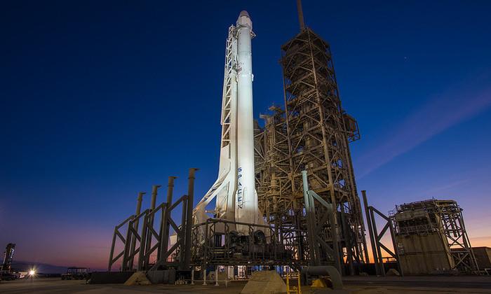 SpaceX перенесла запуск ракеты Falcon 9 на сутки