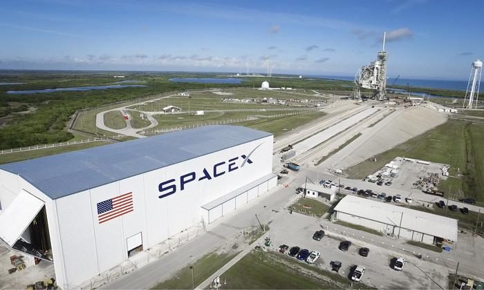 Бывший сотрудник SpaceX обвинил компанию в халатности