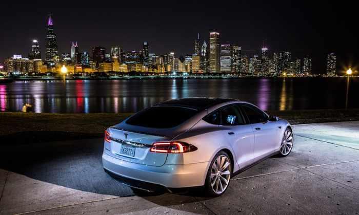 Tesla попала в список наименее надежных автомобилей