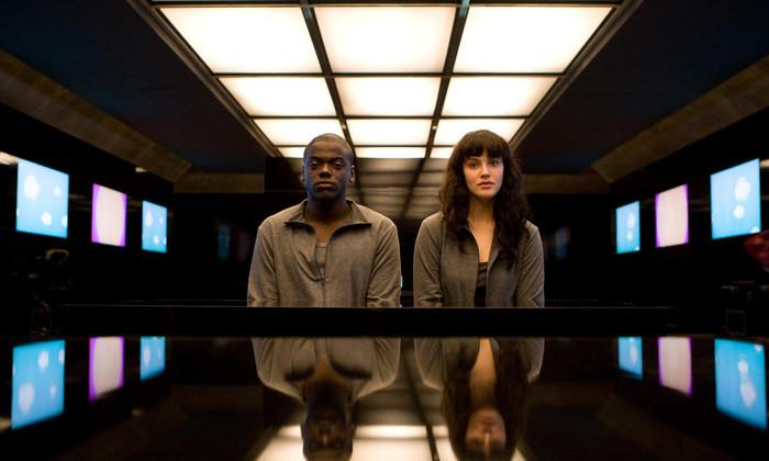 Четвертый сезон «Черного зеркала» выйдет в конце 2017 года. Смотрите тизер
