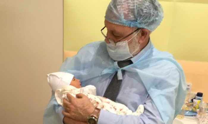 Новый метод лечения бесплодия: в Украине родился ребенок «от трех родителей»