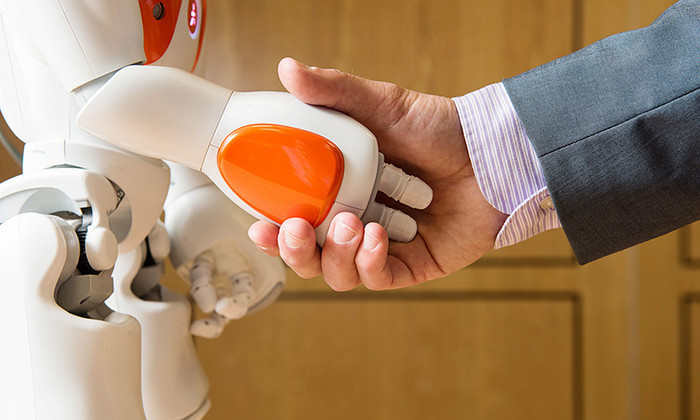 Великобритания вложит €311 миллионов в роботов и беспилотные автомобили