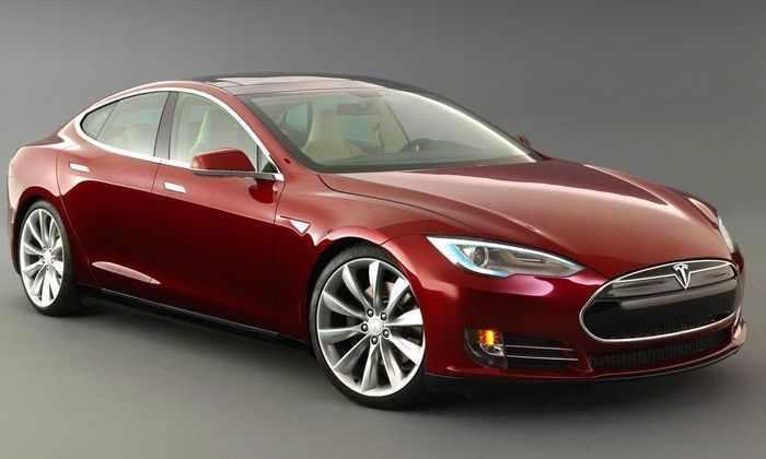 Илон Маск заявил, что Tesla Model S может превращаться в лодку