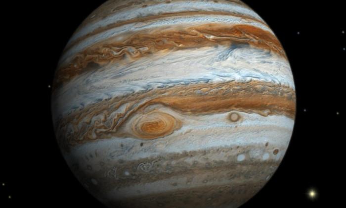 Фото дня: большое пятно Юпитера засняли в истинном цвете