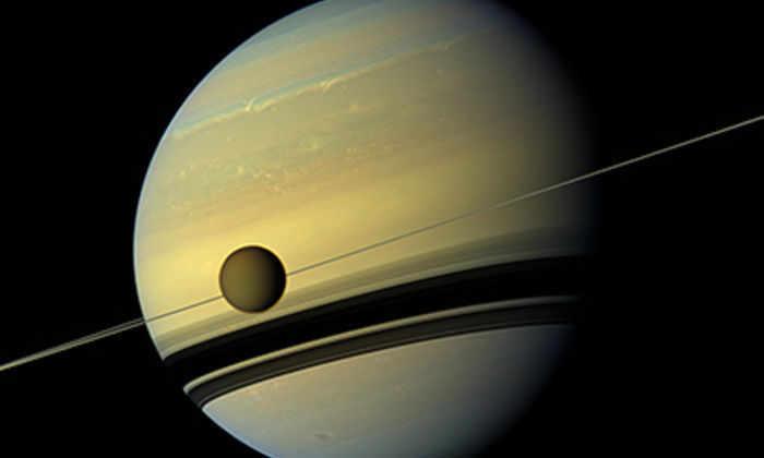 Космическая пыль помогла ученым узнать возраст колец Сатурна
