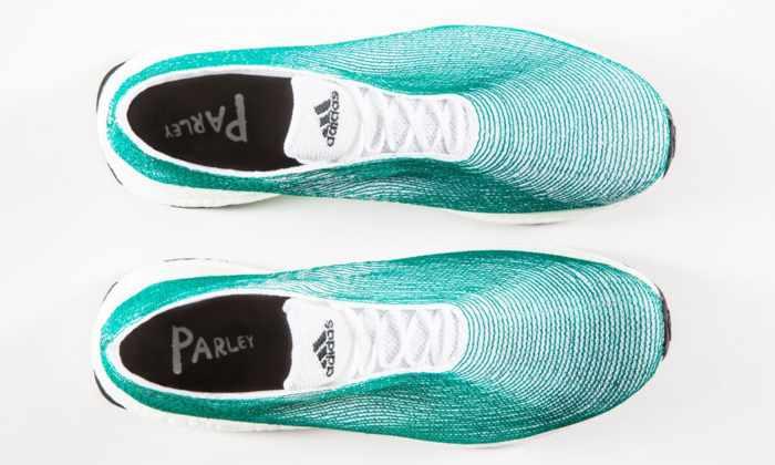Adidas выпустила кроссовки из океанических отходов