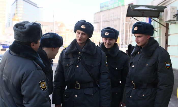 Московским полицейским запретили использование соцсетей и мессенджеров