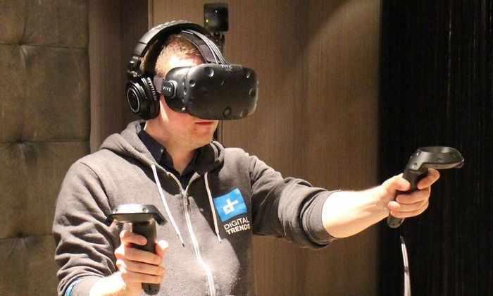 В продажу поступил шлем виртуальной реальности HTC Vive