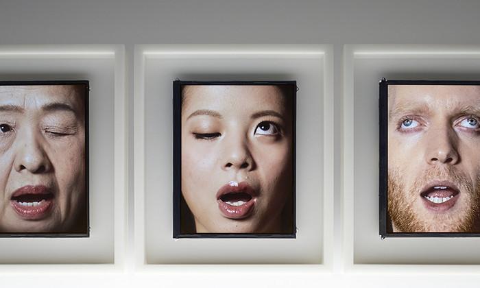лицо-часы