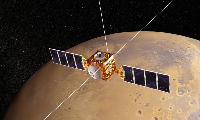 NASA обнаружило на Марсе странную яму. Никто не может объяснить ее природу