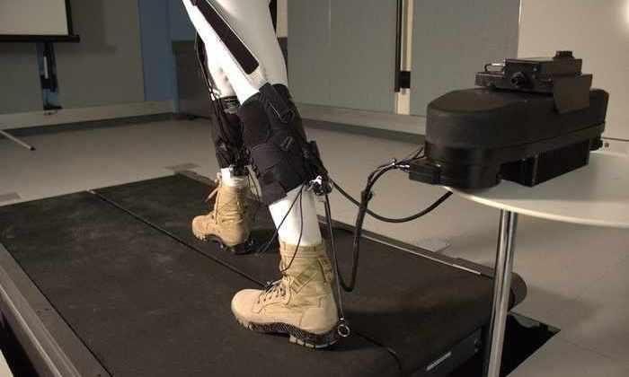Эластичный экзокостюм уменьшает энергию, используемую при ходьбе, на 23%