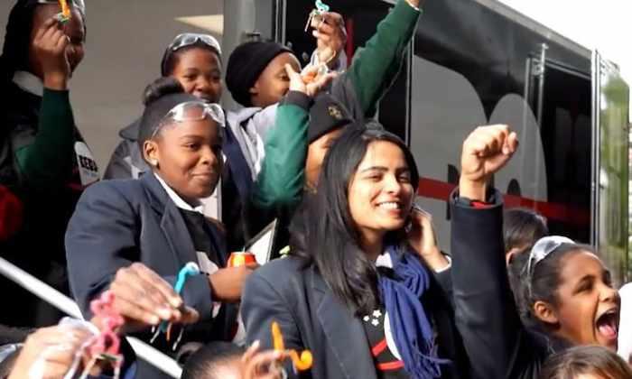 14 девочек построили первый в Африке частный спутник