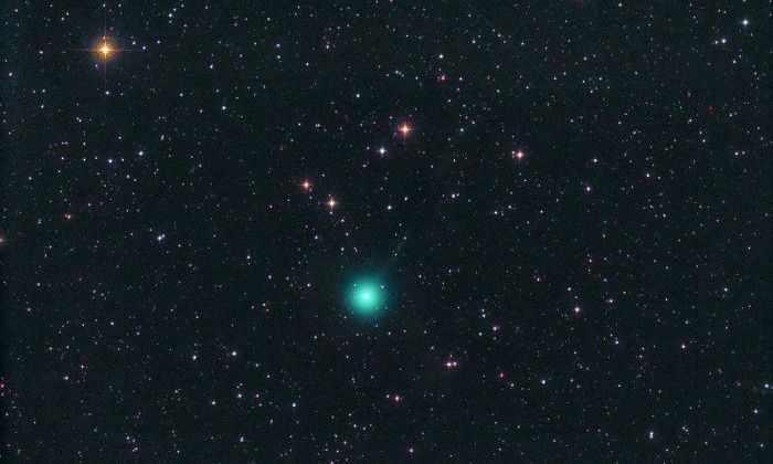 В новогодние каникулы будет невооруженным глазом увидеть на небе комету
