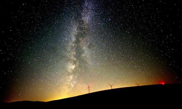 НАСА опубликовало фотографии августовского звездопада