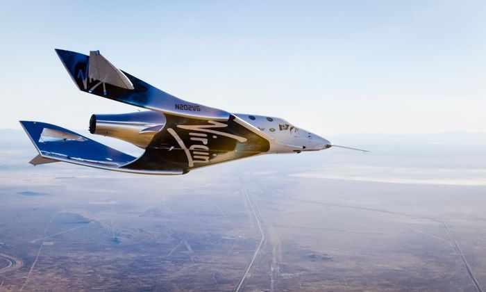 Новая модель космического корабля компании Virgin Galactic сделала 1-ый свободный полет
