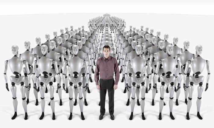 Роботы и человек