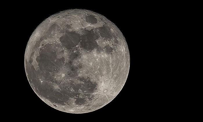 Ученые из NASA предложили признать Луну планетой Солнечной системы