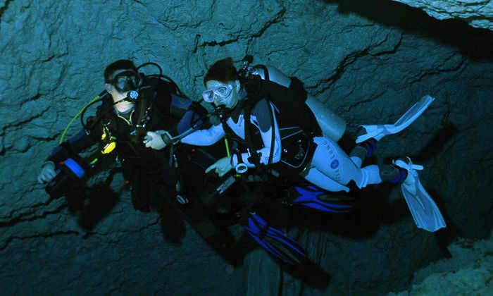 Одна из самых уникальных подводных пещер мира оказалась и самой глубокой