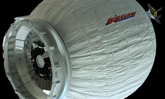SpaceX успешно доставил на МКС первую в мире