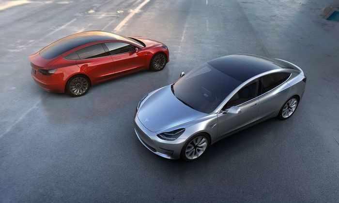 В Калифорнии показали Tesla Model 3