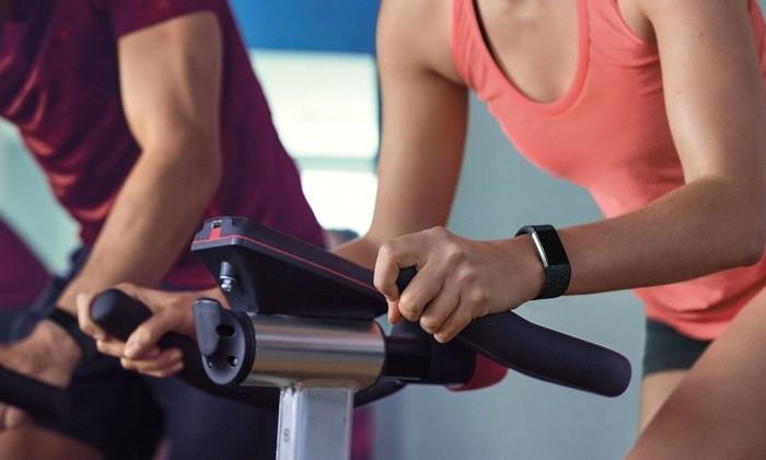Спрос на фитнес-трекеры впервые начал падать