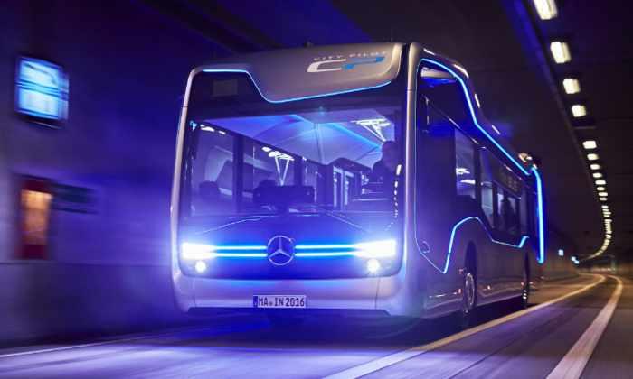 Mercedes представила полуавтономный автобус будущего