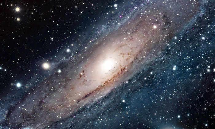 Выясилось, что газовое облако вокруг Млечного Пути вращается вместе с галактикой