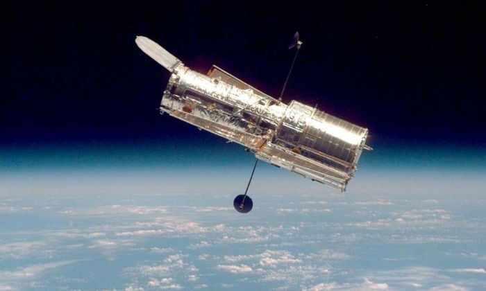 Телескоп Хаббл приступил к изучению самого отдаленного объекта Вселенной
