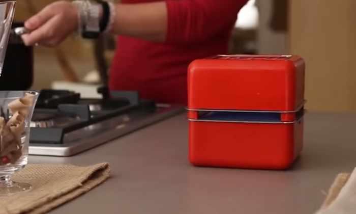 Видео: этот кондиционер можно носить с собой