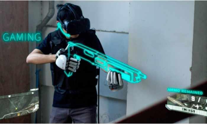 Экзоскелетные перчатки позволят ощущать предметы в виртуальной реальности