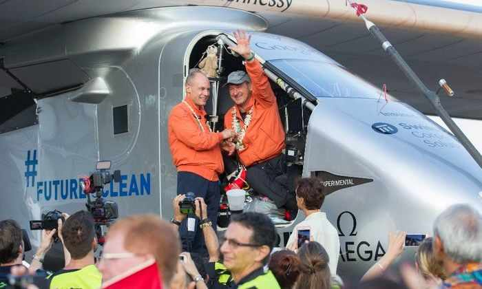 Два пилота Solar Impulse 2