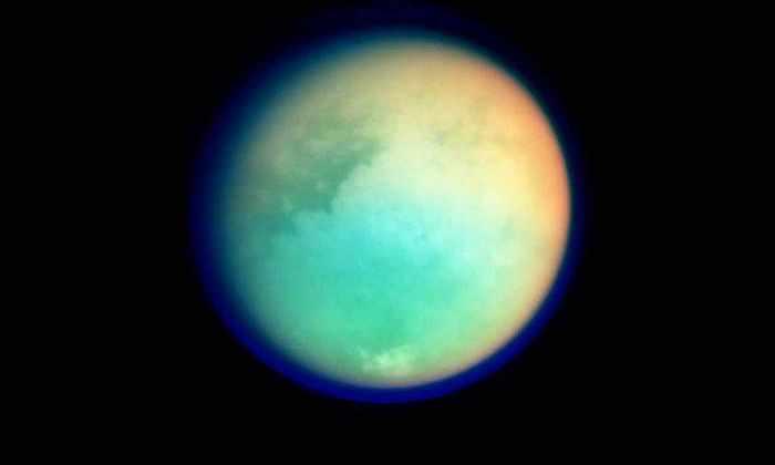 НАСА опубликовало видео двигающихся облаков на Титане
