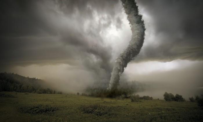 По Омской области прошелся мощный торнадо
