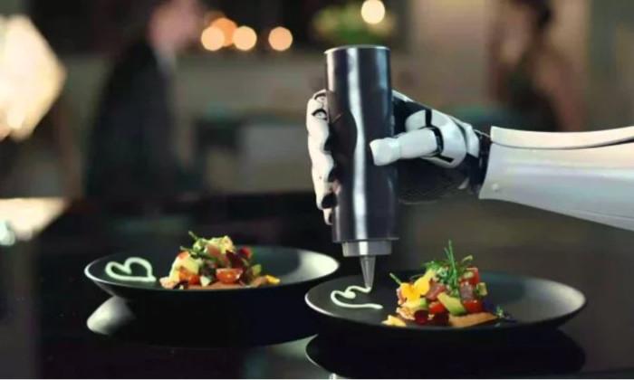 Как работает первый в мире полностью роботизированный ресторан