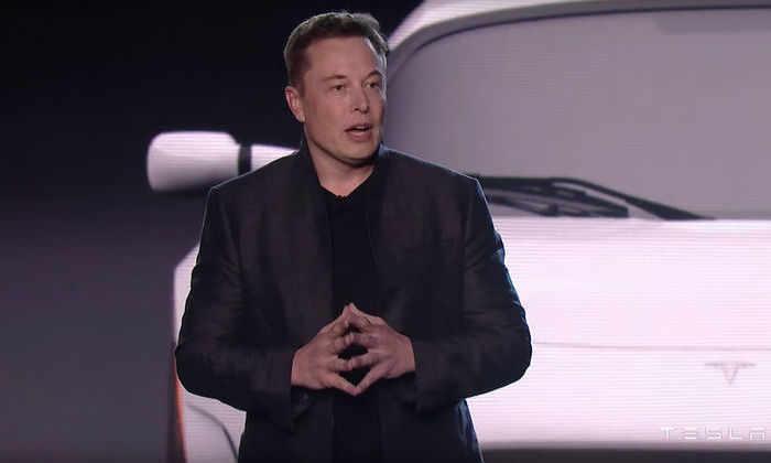 Tesla Model S стал третьим среди самых быстрых авто в мире благодаря новому двигателю