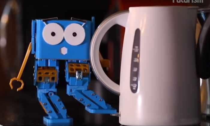 Видео: игрушечный бот научит вас основам программирования роботов