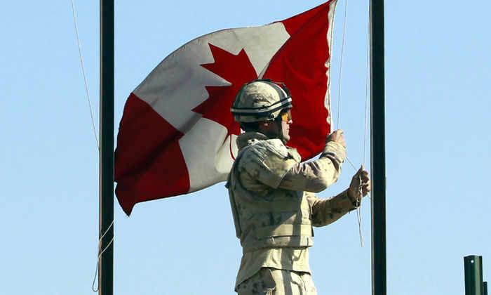 Бионические колени позволят канадским солдатам легко поднимать до 45 кг веса